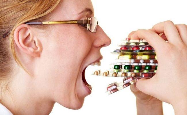 Перед употреблением антибиотиков следует проконсультироваться с врачом