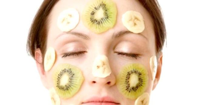 Полезные и натуральные ингредиенты - главное преимущество масок приготовленных в домашних условиях