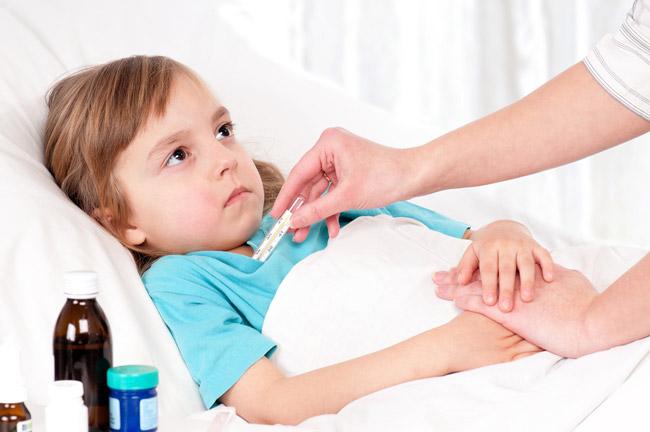 Чем меньше ребенок, тем острее проявление болезни