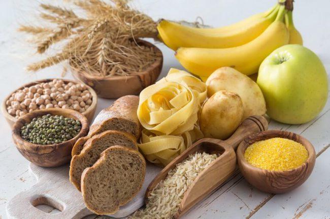 Сложные углеводы - это полисахариды, основой которых являются крахмал и целлюлоза. Они содержатся в зерновых, бобовых культурах и в некоторых видах овощей (свекла, картофель, морковь и др.), семечки, орешки