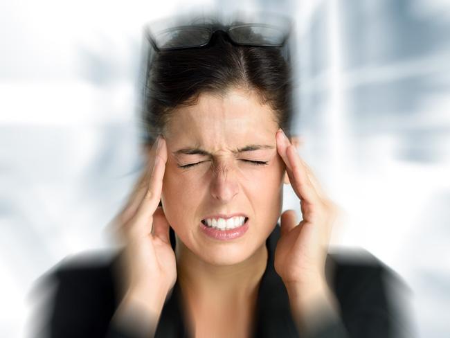 При правильном приеме препарата, побочных действий не возникают, либо бывают незначительными, редко могут проявляться местный дискомфорт, Мигрени, сыпь и покраснение кожных покровов, расстройства пищеварения