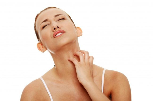 Гемморагический васкулит может быть спровоцирован в том числе ангиной или фарингитом