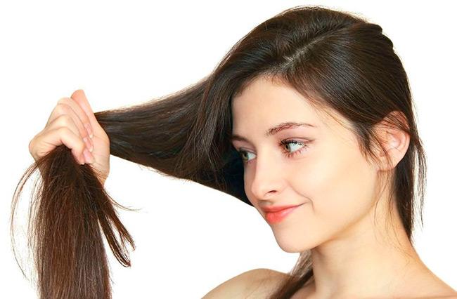 Алопеция или патологическое выпадение волос довольно неприятное явление, однако многие из нас сталкиваются с ним на том или ином этапе жизни