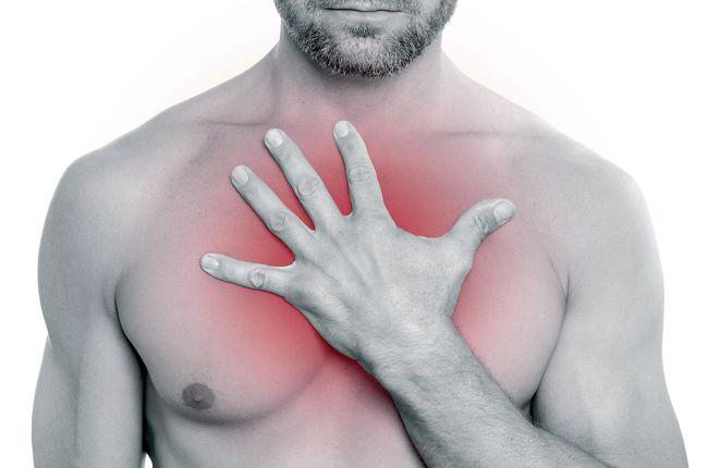Изжога - один из симптомов язвы желудка