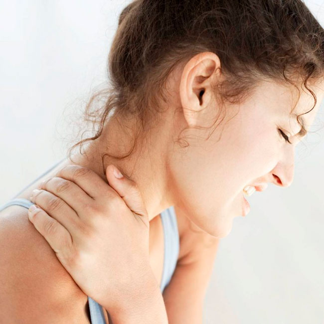 Многие мази и гели могут комбинировать в себе два основных эффекта - обезболивание и снижение воспаления и отека