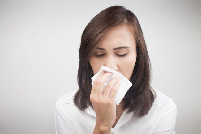 Заложенность носа - это очень неприятное событие, мешающее нормально дышать, что затрудняет, например, занятия спортом. Кроме того, заложенный нос без насморка может стать симптомом серьезного заболевания