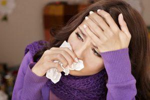 Подбирая капли от гайморита, нужно всегда учитывать симптоматику и то, насколько тяжело болезнь проявила себя у больного