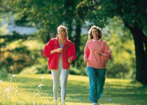 Закаливание, плавание, прогулки на свежем воздухе, способствуют нормализации уровня гемоглобина