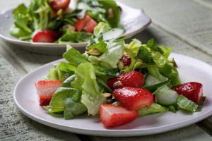 Детокс-салаты замечательно очистят организм и зимой, и летом