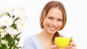 Чай из плодов калины также является отличным средством для стимуляции и поддержания иммунитета, что особенно актуально поздней осенью и зимой
