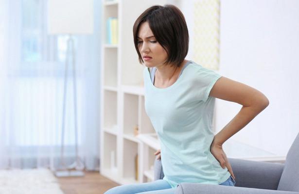 Камни почках могут вызывать очень болезненные ощущения. Затягивать с визитом к врачу ни в коем случае нельзя