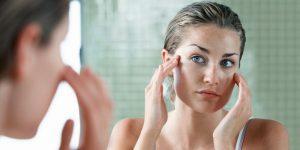 Польза кинзы обусловлена наличием эфирного масла, оно широко применяется в косметологии