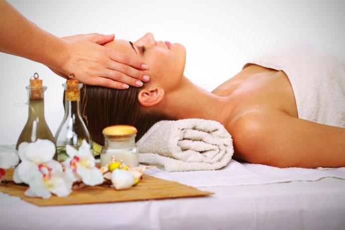 Маски для лица с кунжутным маслом подарят коже упругость, эластичность и здоровый вид