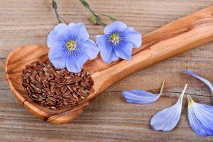 Если вы ищете бюджетное и при этом безопасное средство для похудения, то обратите свое внимание на семена льна