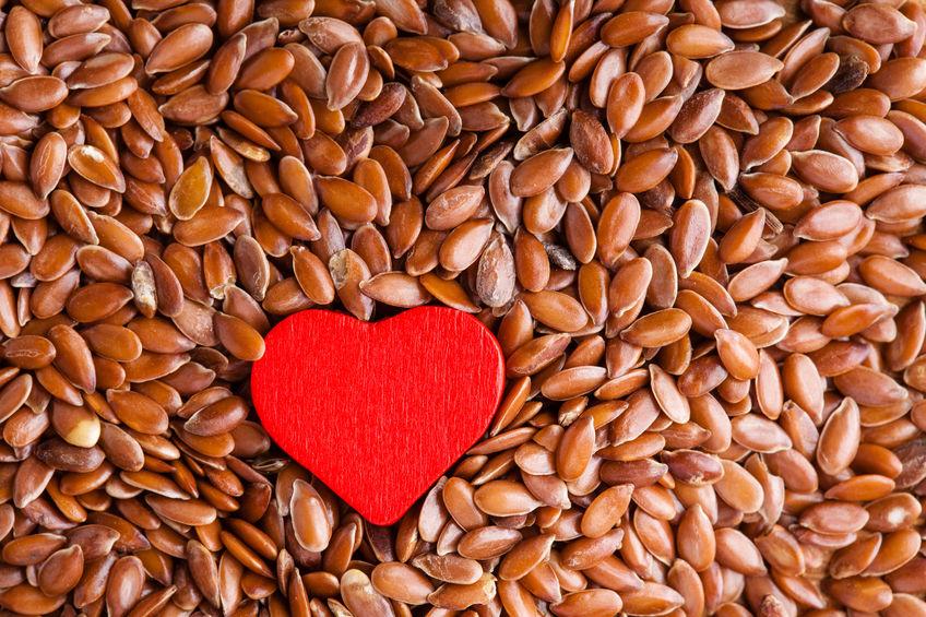 Мало кто знает, но такое простое средство, как семена льна - это хорошая профилактика сердечно-сосудистых заболеваний