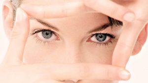 Несмотря на безопасность капель, все же нужно проконсультироваться с врачом-офтальмологом перед их применением