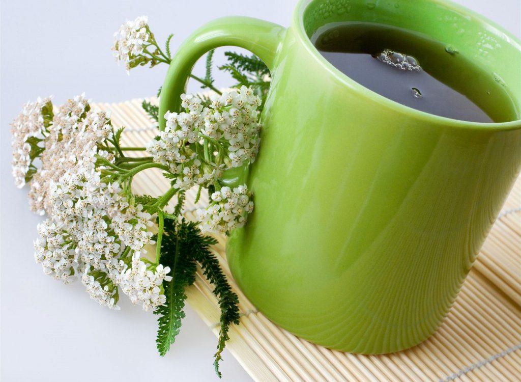 Растение помогает при ряде женских проблем. Однако перед началом лечения следует проконсультироваться с врачом