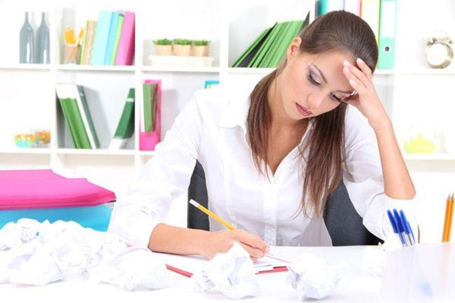 Раздражительность, плаксивость и быстрая утомляемость могут свидетельствовать о наступлении беременности