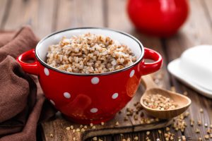 Во время похудения запрещается использовать различные добавки к каше: соль, сахар, приправы, специи, масла и соусы. Приготовленная крупа должна быть максимально постной