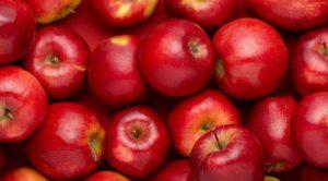Точное количество важных ингредиентов и микроэлементов в составе фрукта назвать нельзя. Оно колеблется и зависит от сорта, зрелости и даже места расположения