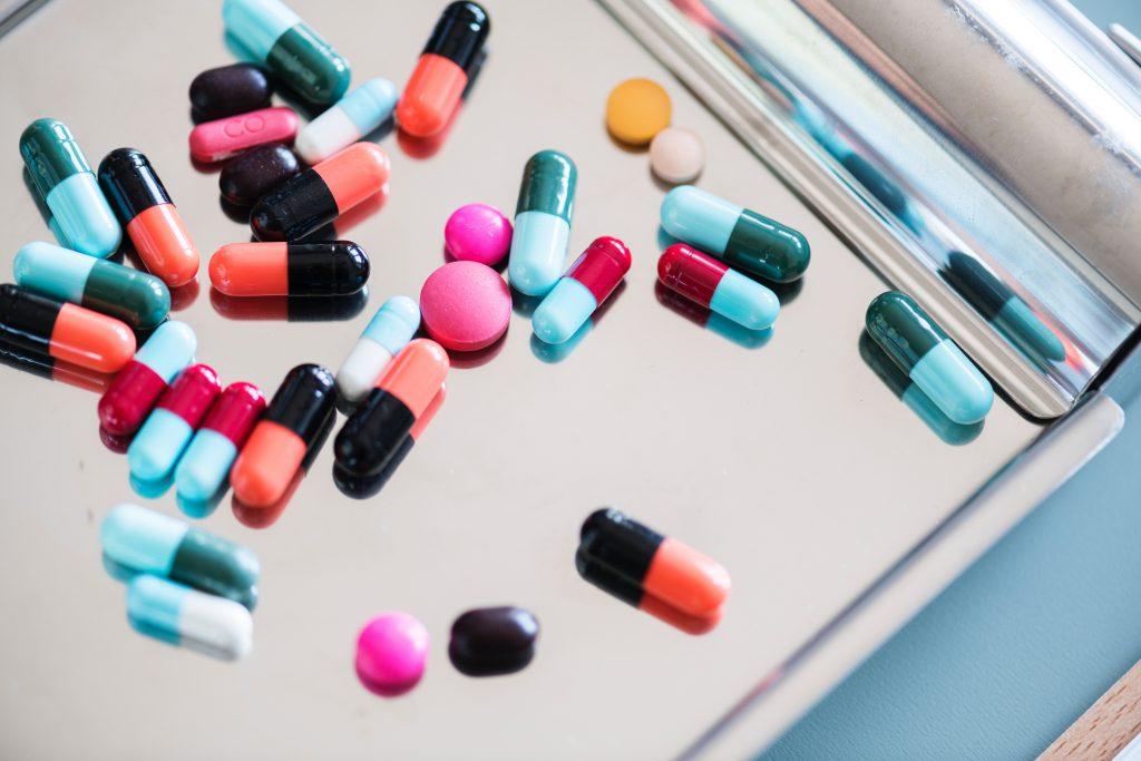 Тенорик продается в аптеках по доступной цене, также можно найти его аналоги.