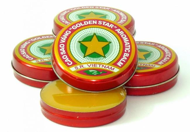 Бальзам Звездочка - препарат на основе эфирных масел, применяется для лечения широкого спектра заболеваний