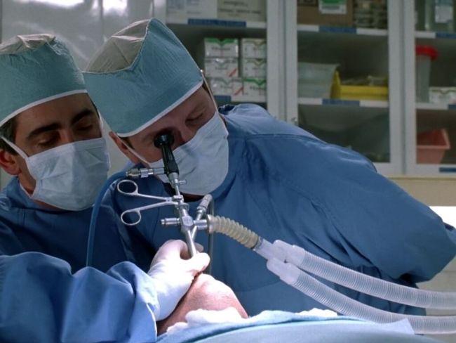 Современные бронхоскопы не травматичны, поэтому процедура может выполняться без анестезии