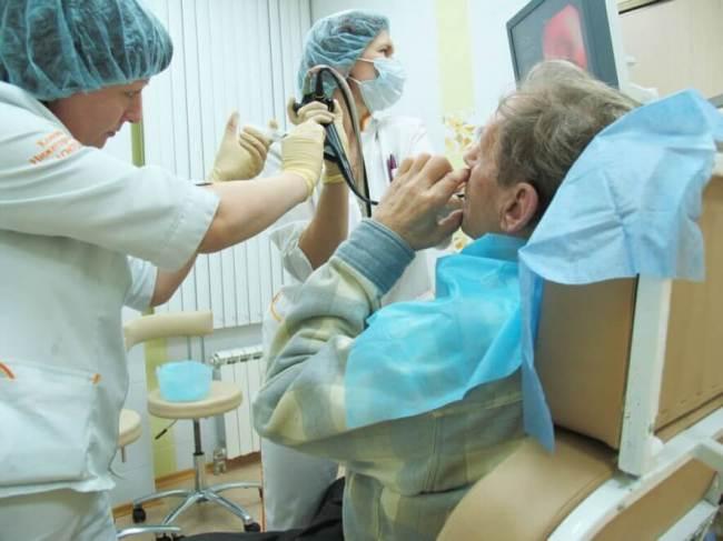 Проведение бронхоскопии занимает 15- 30 минут