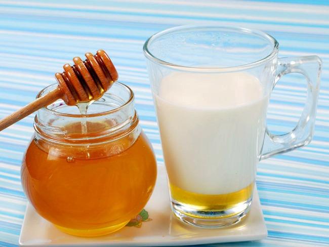 Кефир с медом на ночь - прекрасное снотворное средство