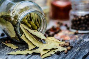 Отвар из лаврового листа - эффективное средство для похудения