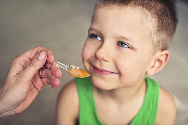 Медикаментозное лечение приступа лающего кашля у ребенка