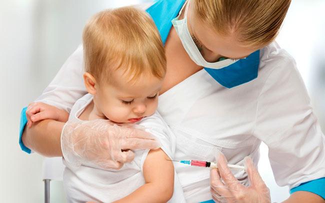 Прививка от гриппа - надежный способ борьбы с заболеванием, благодаря вакцинации формируется стойкий иммунитет к вирусам гриппа