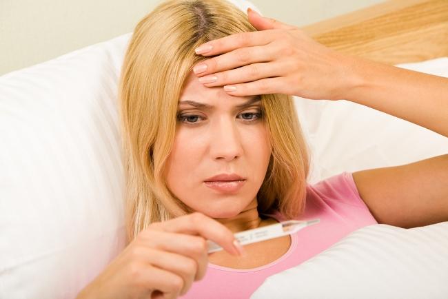 Рожистое воспаление ноги сопровождается повышением температуры тела
