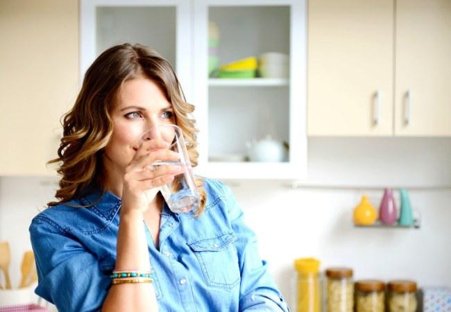 Постоянное чувство жажды - характерный симптом сахарного диабета