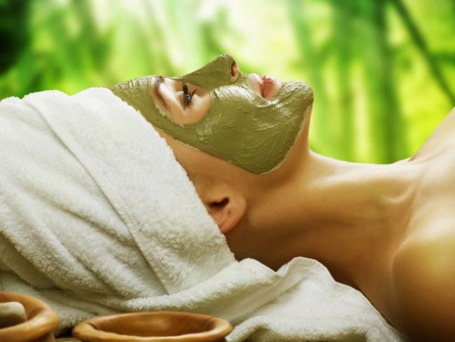Витаминная маска из спирулины улучшает рельеф и эластичность кожного покрова