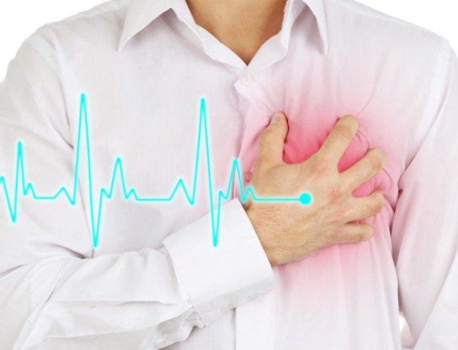 Если тахикардия возникает из-за сердечно-сосудистых заболеваний, то она может спровоцировать приступ стенокардии