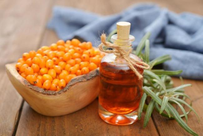Облепиховое масло - эффективное народное средство для лечения язвы желудка
