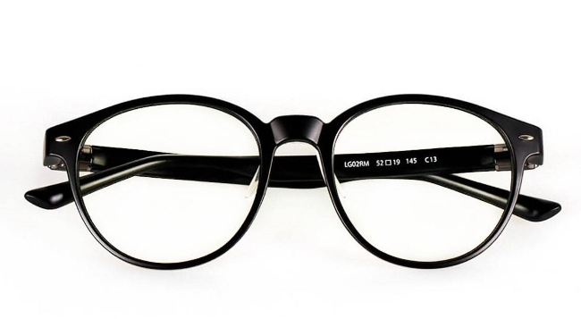 RoidmiW1 - популярные очки, которые защищают глаза от пагубного воздействия монитора компьютера