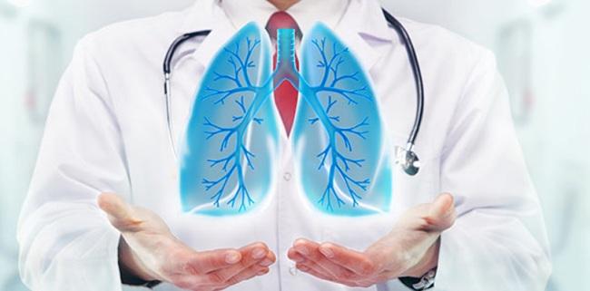 Пульмонолог - врач, занимающийся диагностикой и лечением заболеваний органов дыхательной системы