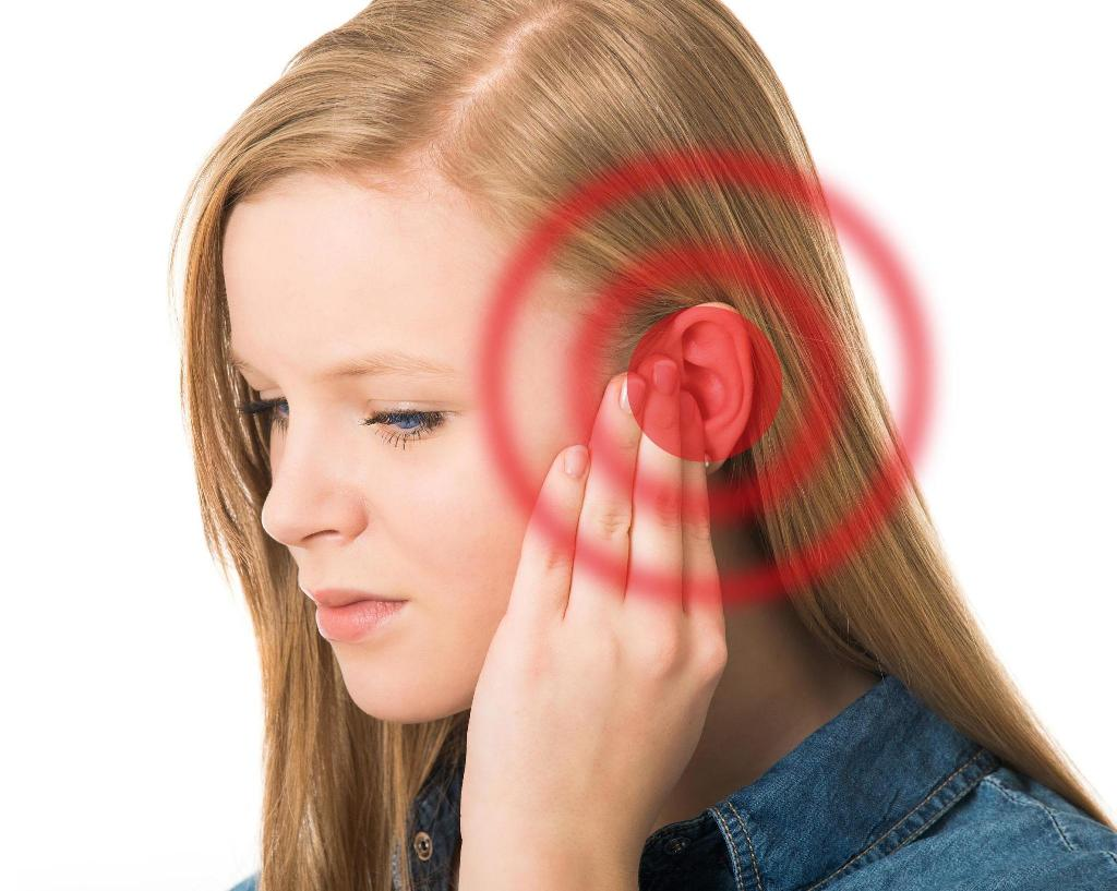 Амосин назначают при различных заболеваниях ЛОР-органов, в частности, при отите