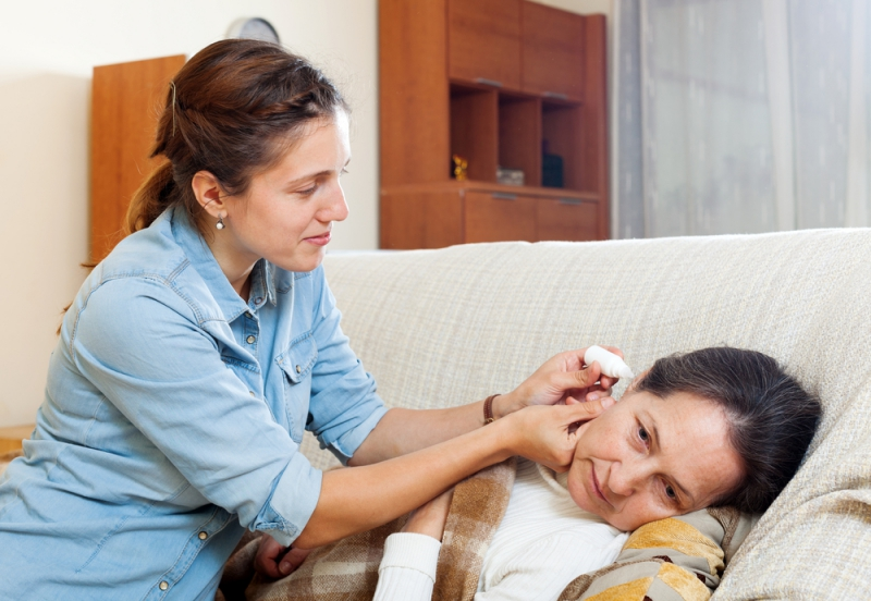 Дозировка взрослому составляет 4-5 капель 2 раза в день