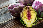 The artichoke benefits and harms to health, contraindications, folk recipes