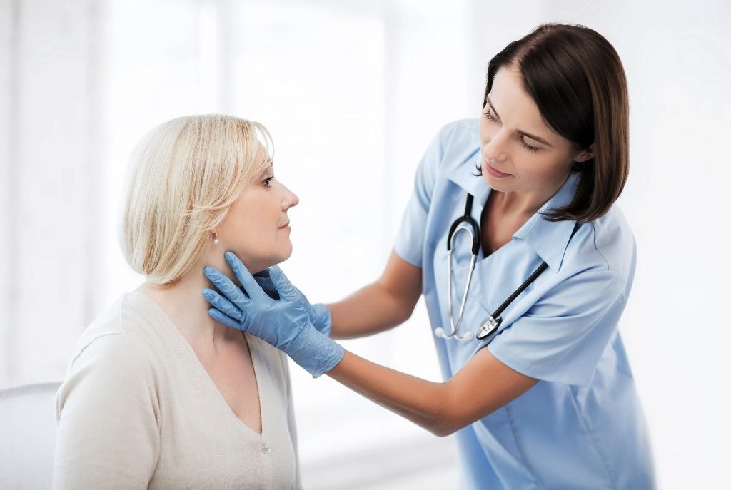 Эндокринолог - врач, занимающийся диагностикой и лечением эндокринных заболеваний