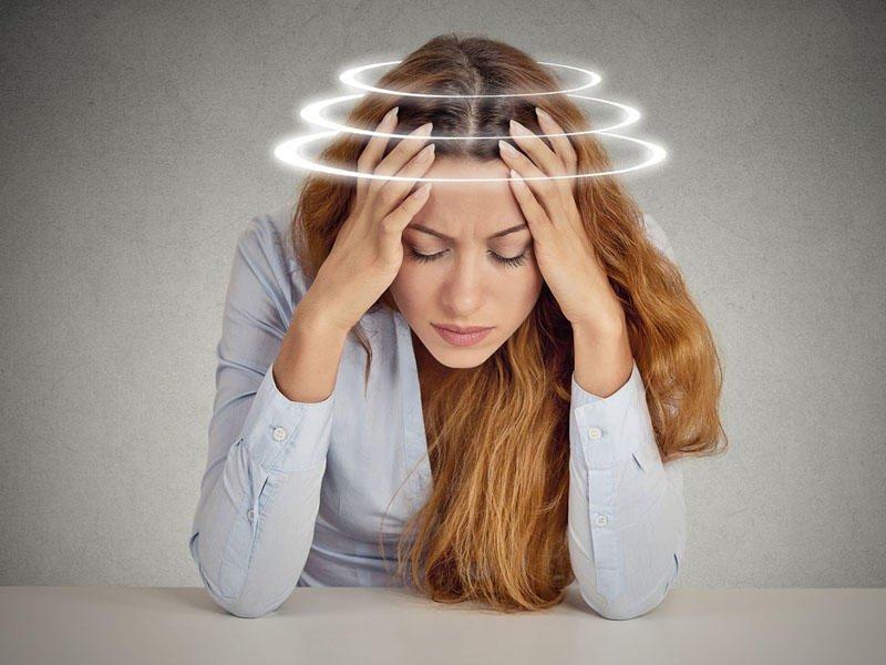 Если беспокоят головокружения - нужно обратиться к невропатологу