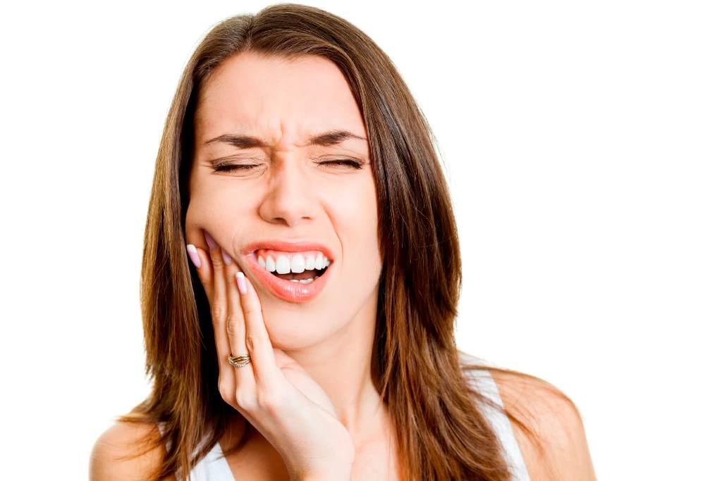 Зубная боль - основной симптом периодонтита