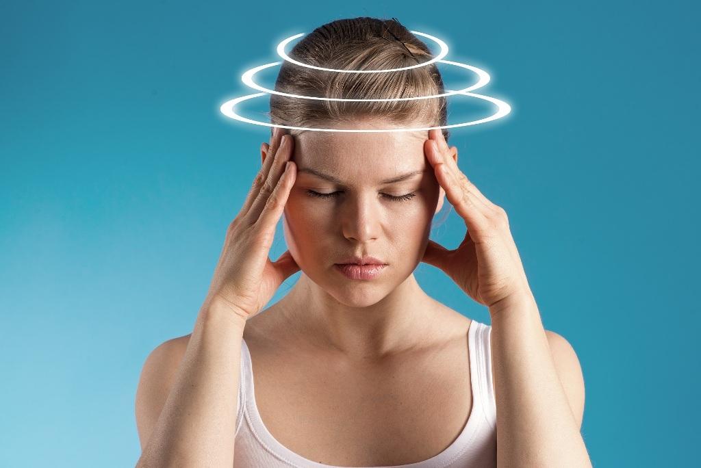 Если беспокоят частые головокружения, нужно обязательно обратиться к ревматологу