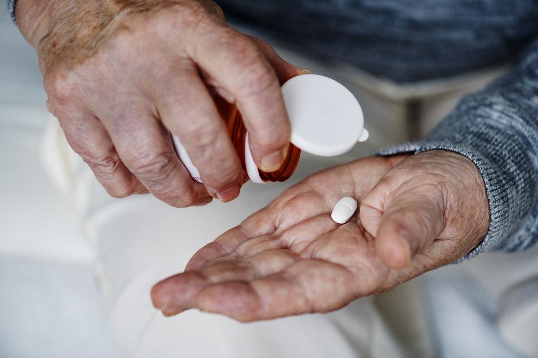 Дозировку препарата должен устанавливать врач, учитывая тяжесть патологии и возраст пациента
