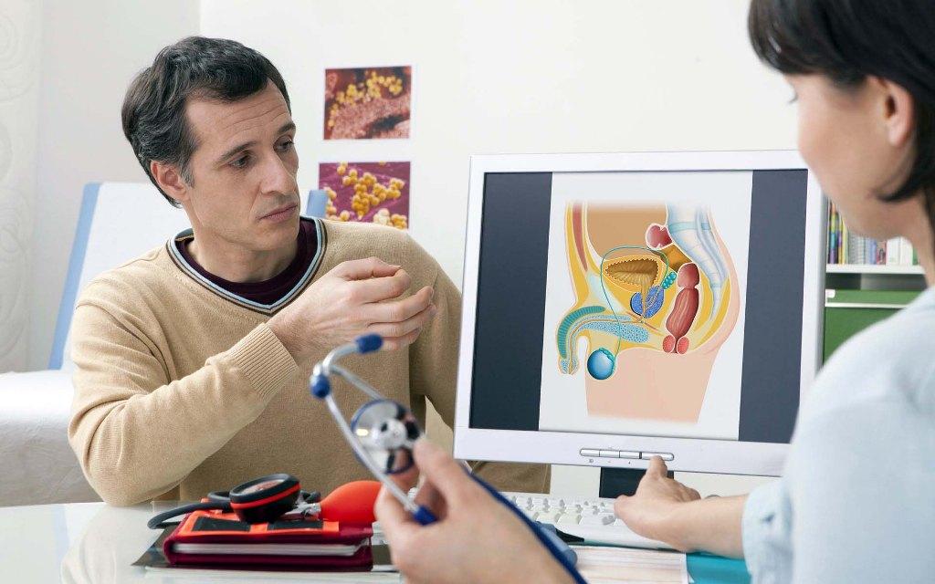Уролог - врач, который занимается диагностикой и лечением заболеваний мочеполовой системы у мужчин, а также патологий мочевыделительной системы у женщин и детей