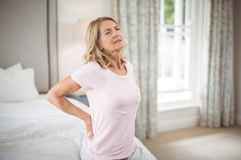 В зависимости от заболевания боли в спине могут быть различного характера