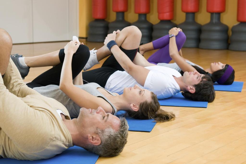 Комплекс упражнений от боли в спине должен подбирать врач